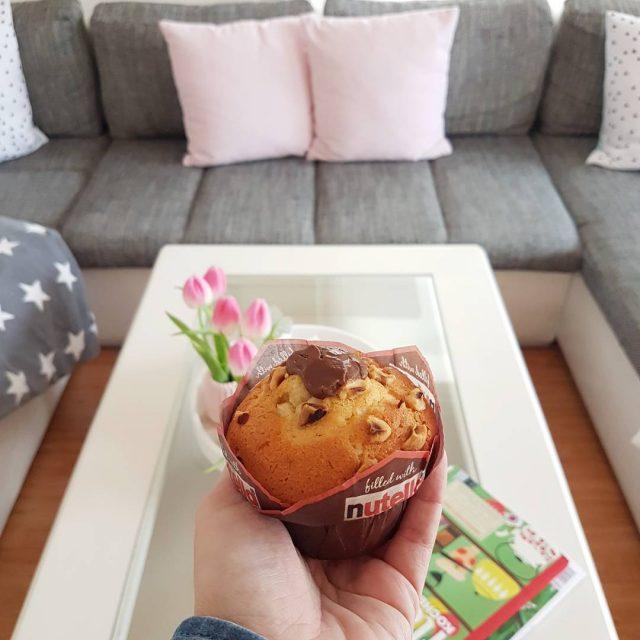 Ich lasse mir jetzt meinen Feierabend von diesem leckeren Muffinhellip
