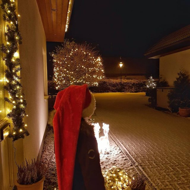Schnee x2764 Ihr httet diesen sen Weihnachtsmann gestern sehen sollenhellip